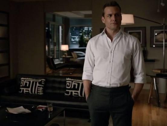 Harvey Specter sem terno